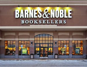 Barnes & Noble Narrows Q3 Loss