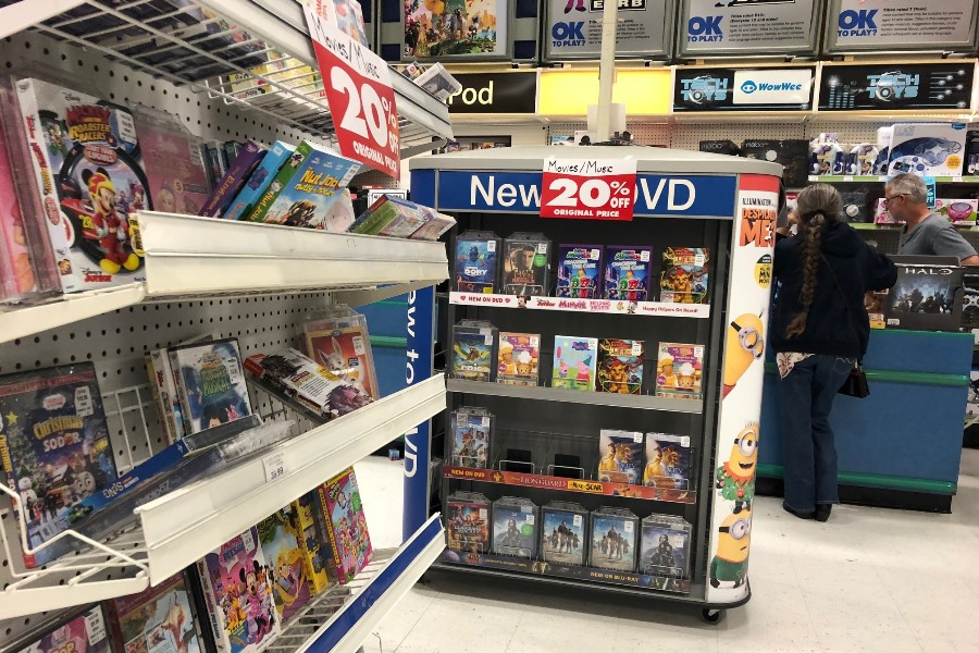 Toys R Us Once A Big Seller Of Discs And Games Winds Down