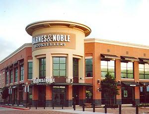 Barnes & Noble Widens Q1 Loss
