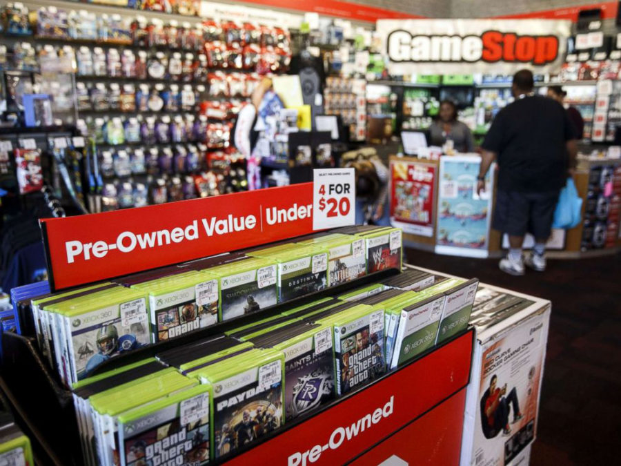 GameStop Posts $488 Million Q3 Loss, Cuts Full-Year Outlook