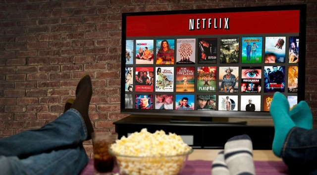 Poll: 44% Say Netflix Vital Source of Video Content