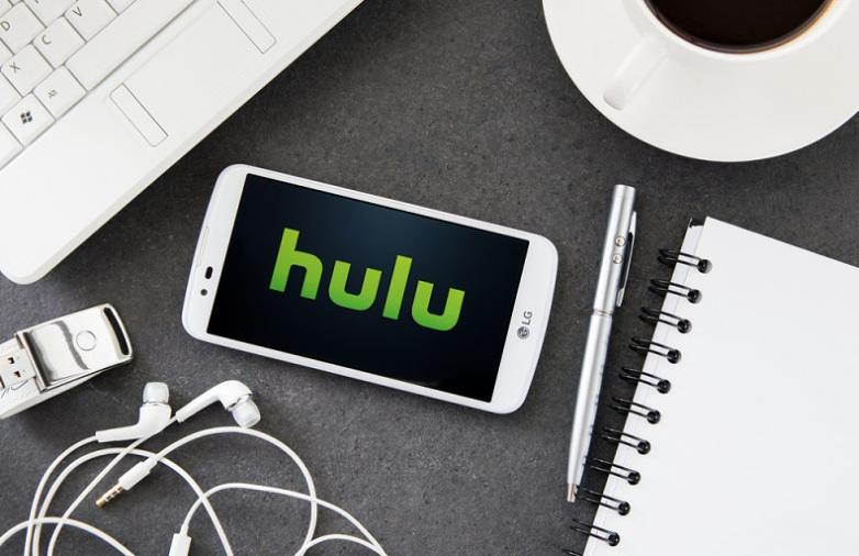 Disney CEO Bob Iger Ups Possibility of Acquiring Comcast's Hulu Stake