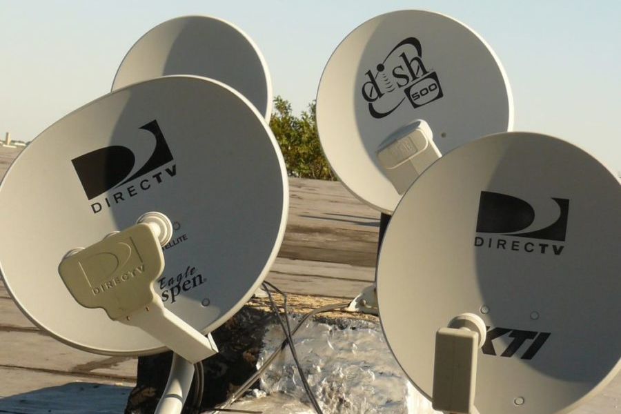 AT&T Reportedly Considering Spinning Off DirecTV or Merging Unit With Dish Network