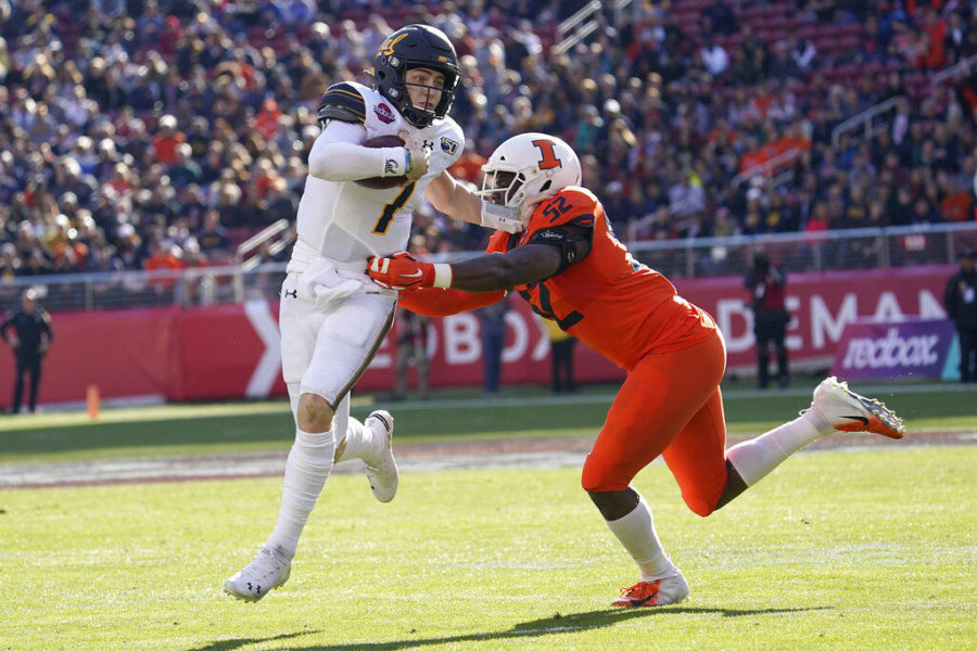 Cal Cruises Past Illinois in Redbox Bowl
