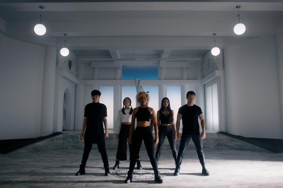 Hulu to Bow Teen Drama Original Series 'Utopia Falls'