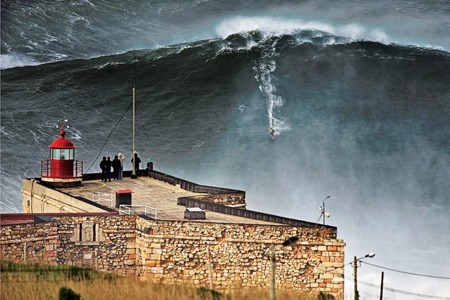 'Glewed TV' Streaming Big Wave Surfing Reality Series