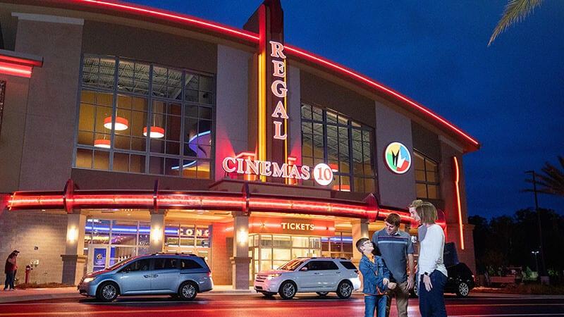 Regal Cinemas Shuttering All Screens