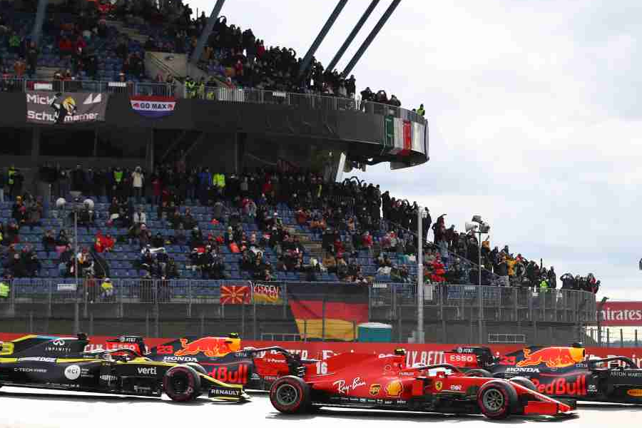1.7 Million People Live-Streamed F1 Eifel Grand Prix on YouTube