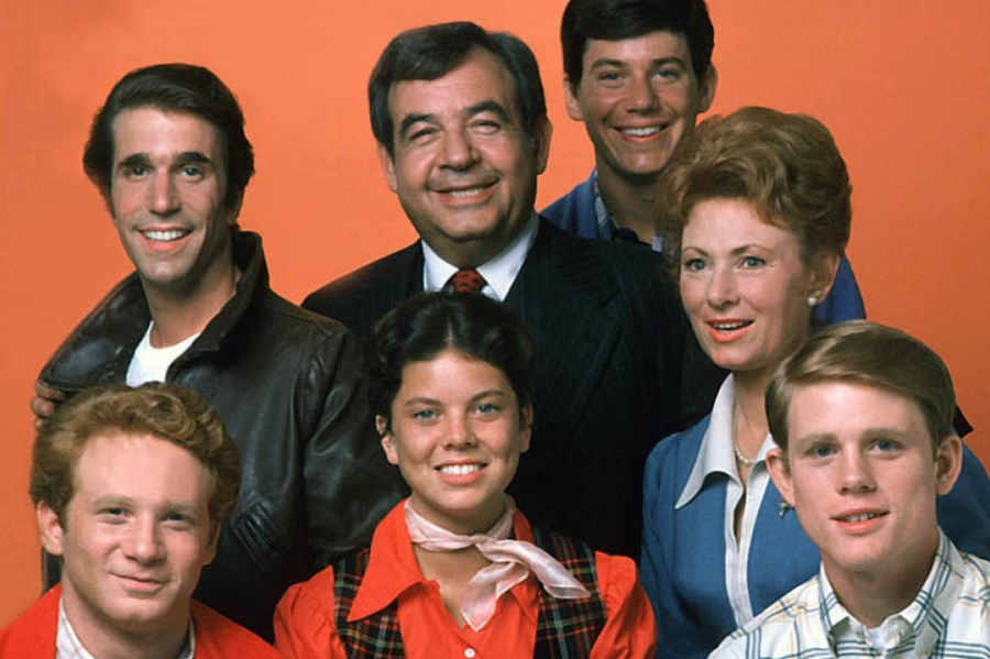 Pluto TV Streaming Classic CBS Series for Winter Holidays