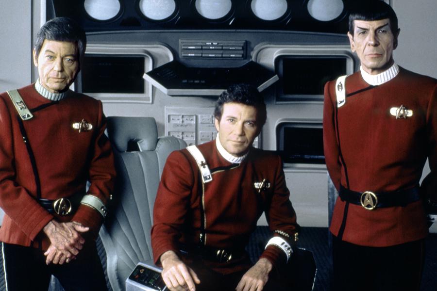'Star Trek' Pioneer William Shatner Headed to Space Aboard Jeff Bezos' Blue Origin Craft