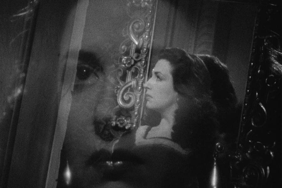Classic British Drama 'Corridor of Mirrors,' With Christopher Lee, Heads to Blu-ray Disc, DVD Oct. 19